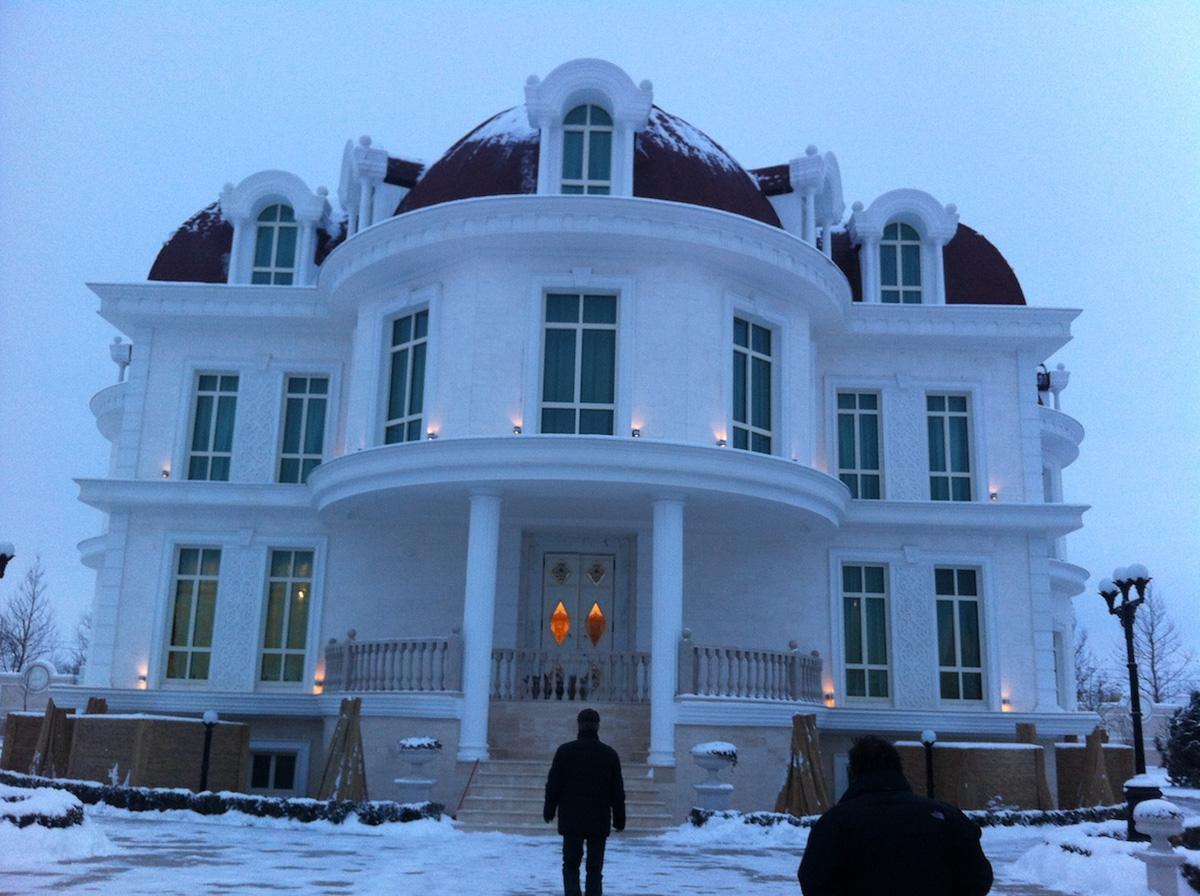 La Villa fotografata dal giardino