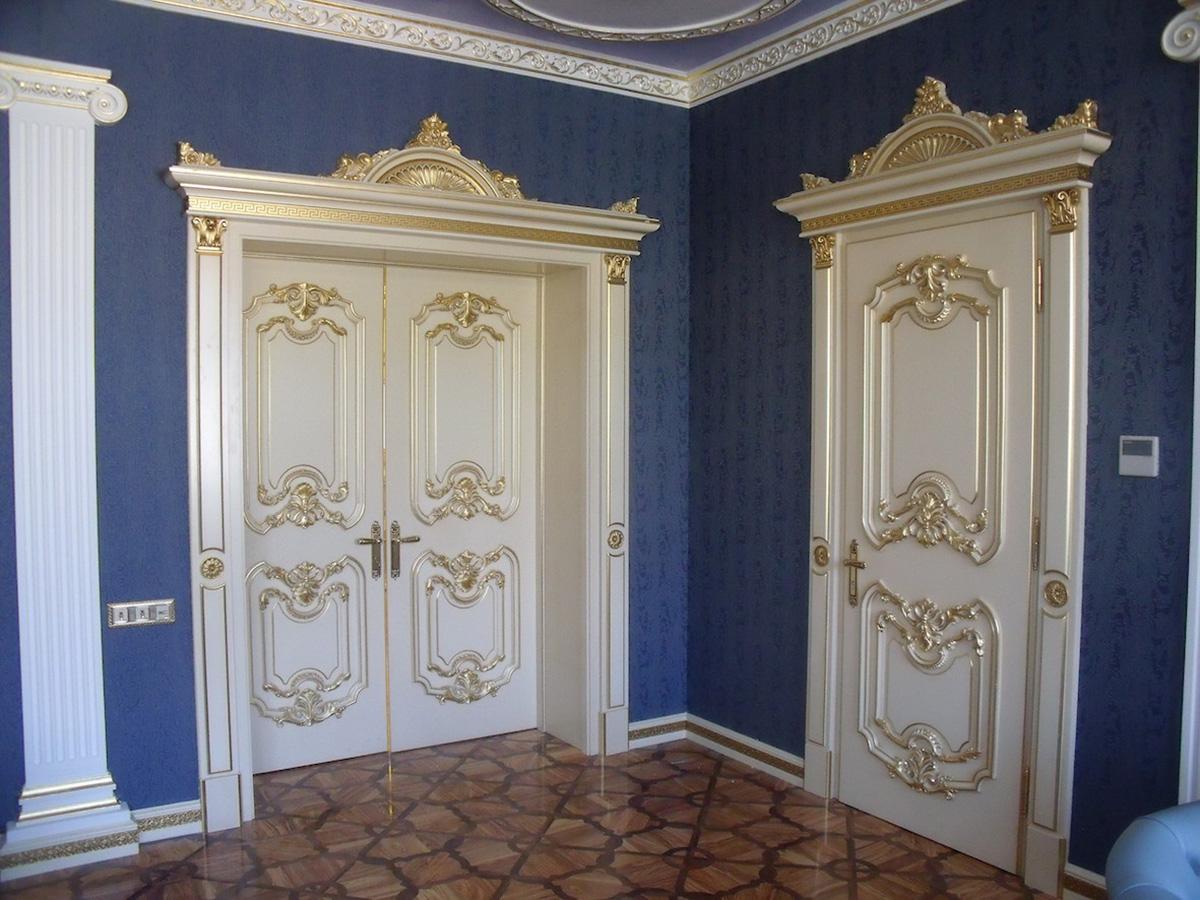 Dettaglio delle porte camera figli