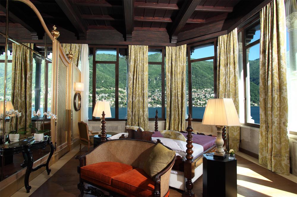 La zona living della suite nella torre realizzata